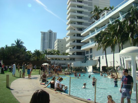 Fontainebleau Miami Beach:                   Kids pool with Slide