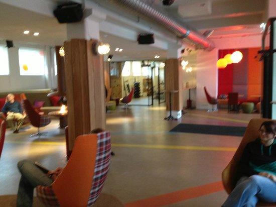 Icelandair Hotel Reykjavik Marina: View of reception/ lounge