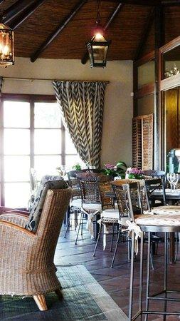 Marbella Club Golf Resort: Club House Bar and Restaurant