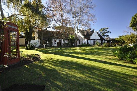 Chelaya Country Lodge: Huge Grounds