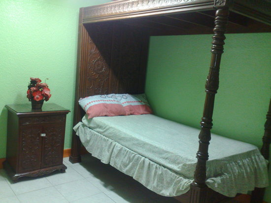 La Residencia Luzviminda Pensionne: Single Occupancy Room Accommodation