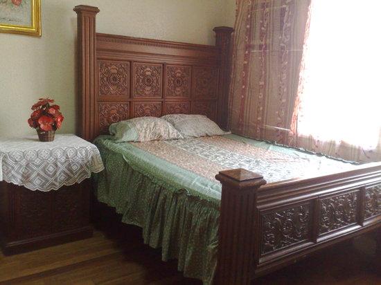 La Residencia Luzviminda Pensionne: Double Occupancy Room Accommodation