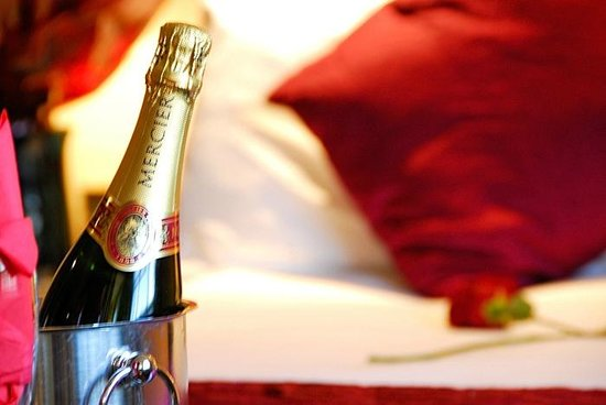 Park Grand London Lancaster Gate: Romance Package