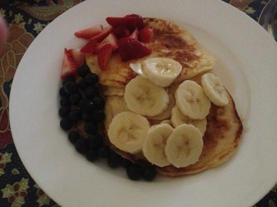 Shelton-Lea B&B :                   amazing pancakes