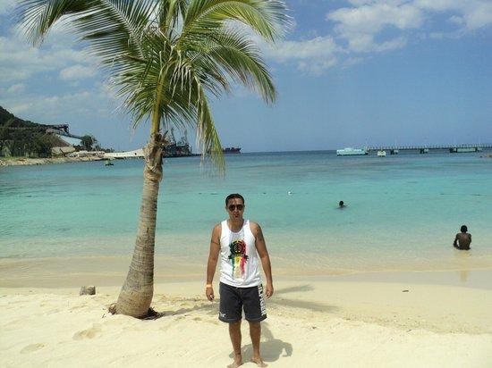 playa de island village