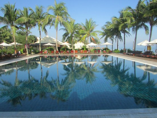 Victoria Hoi An Beach Resort & Spa:                   Picture book perfect