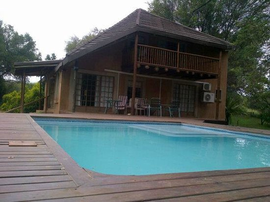 Hippo Pools Resort:                   Main Cottage