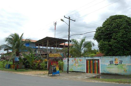 Hostal Mar e Iguana :                   Fachada