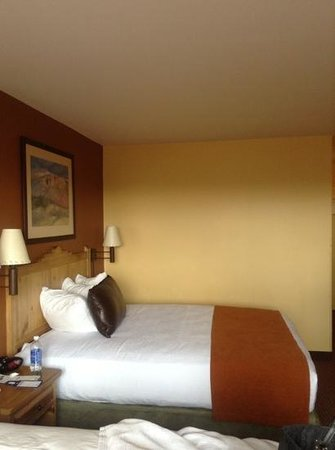 BEST WESTERN PLUS Rio Grande Inn:                   bedroom
