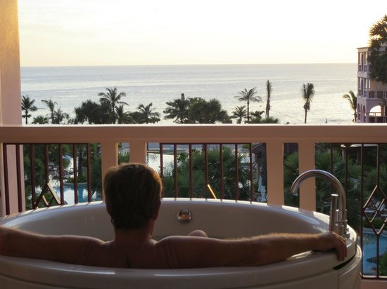 Centara Grand Beach Resort Phuket: Enjoying the Jacuzzi on the balcony.