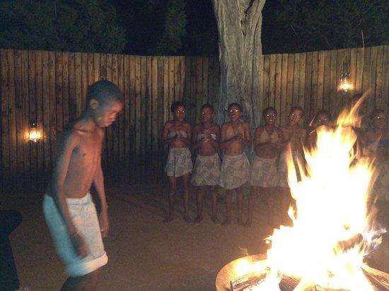 Morukuru Family Madikwe:                                     Kids dancing