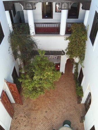 Riad Chergui:                                     Atrium
