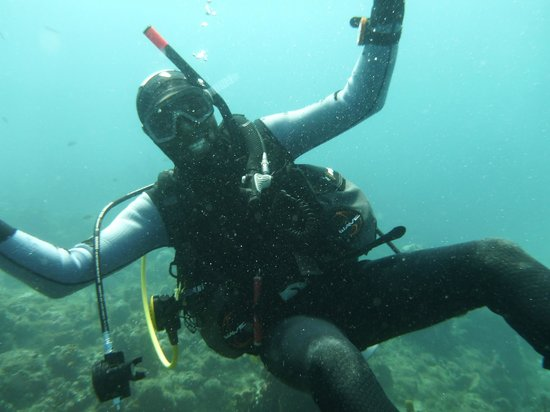 GriGri Divers:                   Alberto showing off....