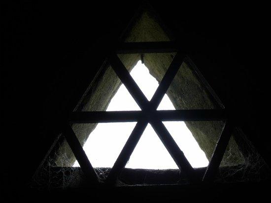 Triangle Window,Rushton Triangular Lodge.