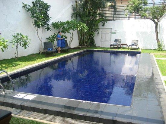 Deco On 44: piscine