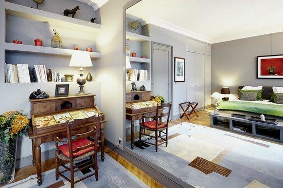 patio de l 39 intendance b b bordeaux france voir les tarifs 10 avis et 36 photos. Black Bedroom Furniture Sets. Home Design Ideas