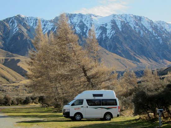 Mount Cook Glentanner Park Centre: The Views!!