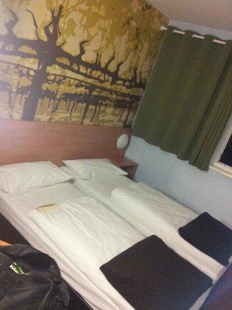 B&B Hotel Heilbronn:                   Standardzimmer
