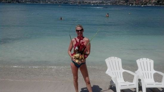 Gray Line Ixtapa:                   most beautiful pina colada in Ztown on LasGatas beach at Otilias