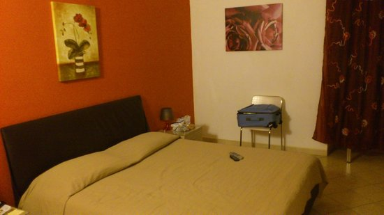 Hotel Trieste :                   ダブルルーム