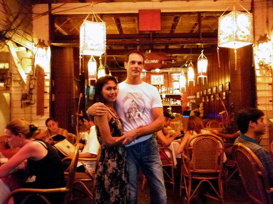 Chalita Cafe & Restaurant : Chalita and Giancarlo