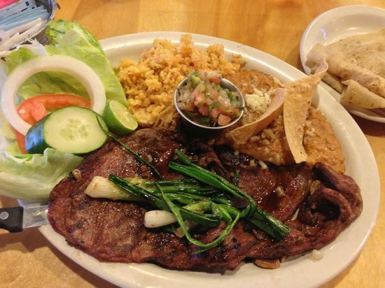 Las Vigas Steak Ranch:                                     Carne Asada plate
