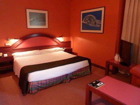 Hotel Palacio del Mar:                   Cama amplia