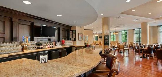 Embassy Suites by Hilton San Antonio Riverwalk-Downtown: Evening Manager's Reception Bar