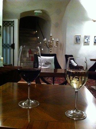 Three Sisters Hotel:                   beluga bar in basement