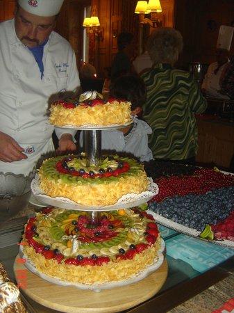 Hotel Engadinerhof:                                     buffet fête nationale