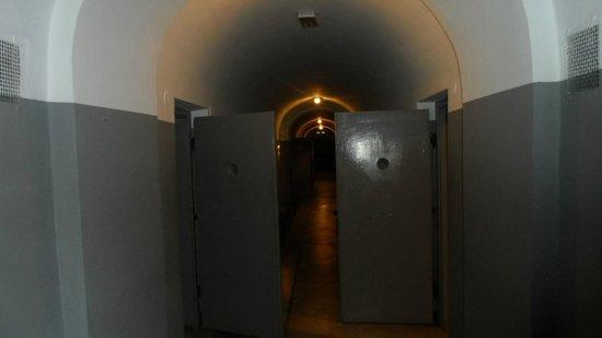 Pawiak Prison Museum: Celle