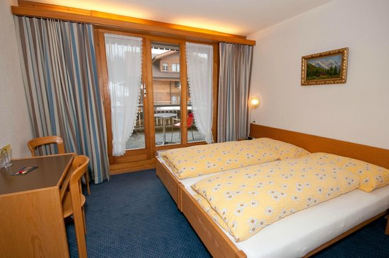 Hotel Edelweiss: Doppelzimmer mit Balkon