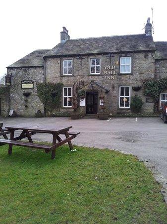 The Old Hall Inn:                   Old Hall Inn & Cottages