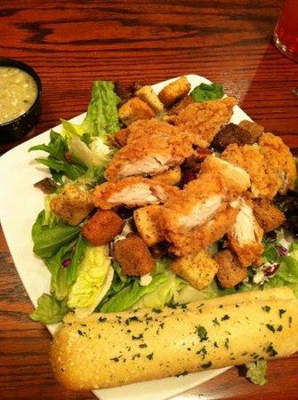 Fiddlestiks Food & Spirts Company: Napa salad. with house vinegrette YUMMY!
