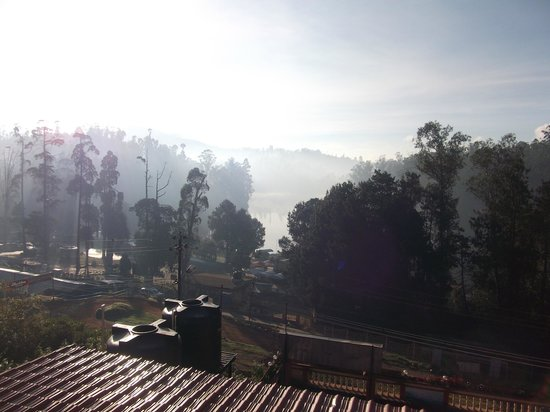 Hotel Darshan Ooty:                   view from the room