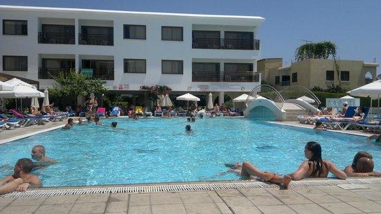Sofianna Hotel Apartments :                   pool