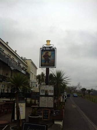 The Buccaneer Inn: sign
