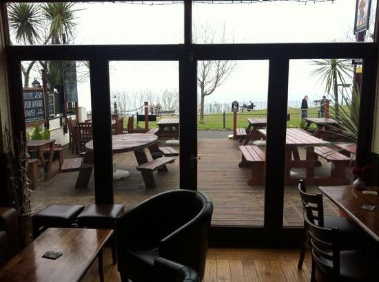 The Buccaneer Inn: outside seating