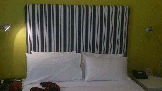 Dive Hotel:                                     bedroom