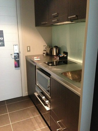 DoubleTree by Hilton Hotel Queenstown:                                     kitchen, well equiped