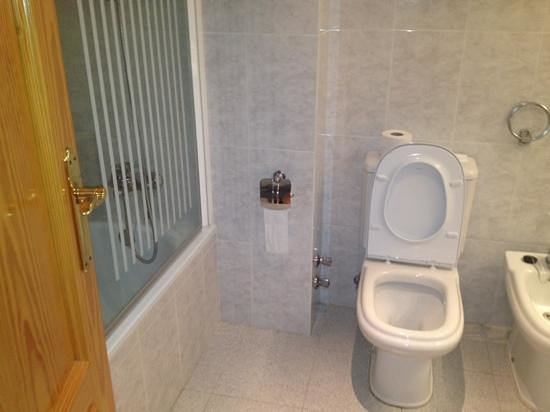 ميليا كوستا ديل سول:                                     bathroom                                  