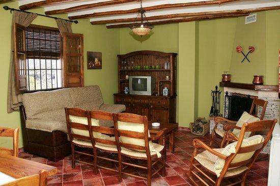 Cortijo La Presa: Salón de Apartamento