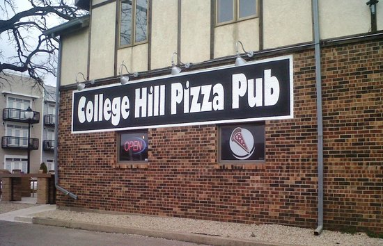 ‪College Hill Pizza Pub‬
