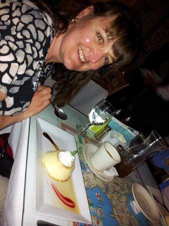 Giovanni's Cafe:                   Amazing Creme' Caramel!!!!!