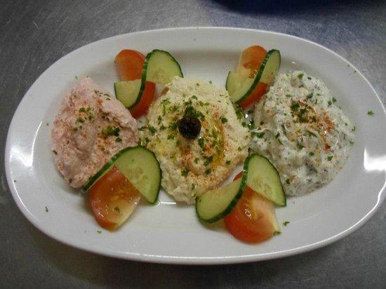Athens Greek Restaurant & Steakhouse: Mixed Dips