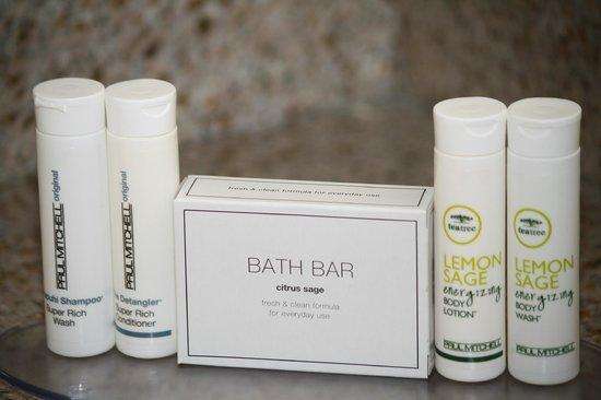 SpringHill Suites Morgantown: Quality bath amenities