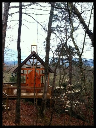 Nolichuckey Bluffs Bed and Breakfast: Glass Chapel - Cozy with breathtaking views