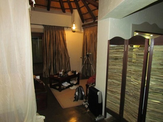 Jock Safari Lodge:                                     The room