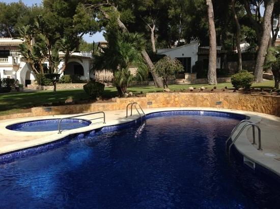Hotel Bendinat:                   pool and gardens