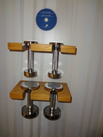 ProfilHotels Hotel Aveny : Weight lifts anyone...
